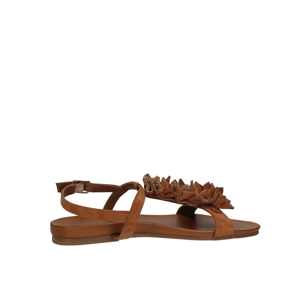 Inuovo Sandals Low Woman 8593 4