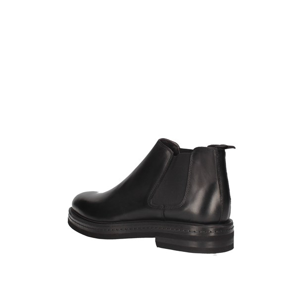 L'homme National Ankle boots Black