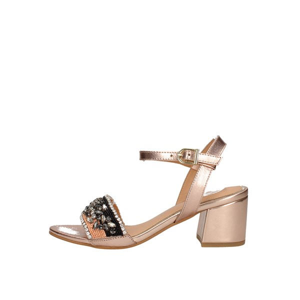 Gioseppo With heel Gold