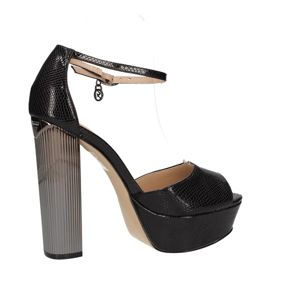 Gattinoni Roma Sandals Check Woman Pencc0844wll000 4