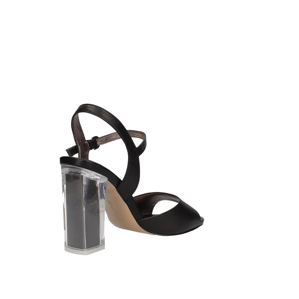 Luciano Barachini Heeled Shoes Check Woman Cc251s 3