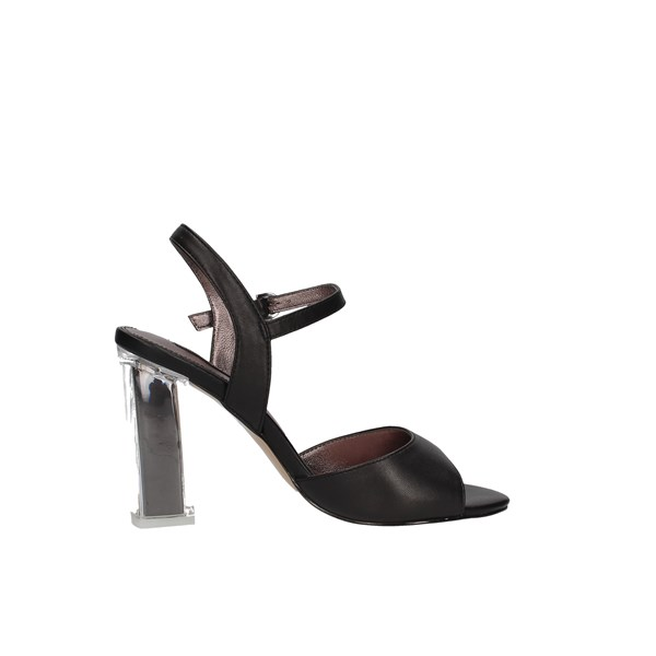 Luciano Barachini Heeled Shoes Check Woman Cc251s 4