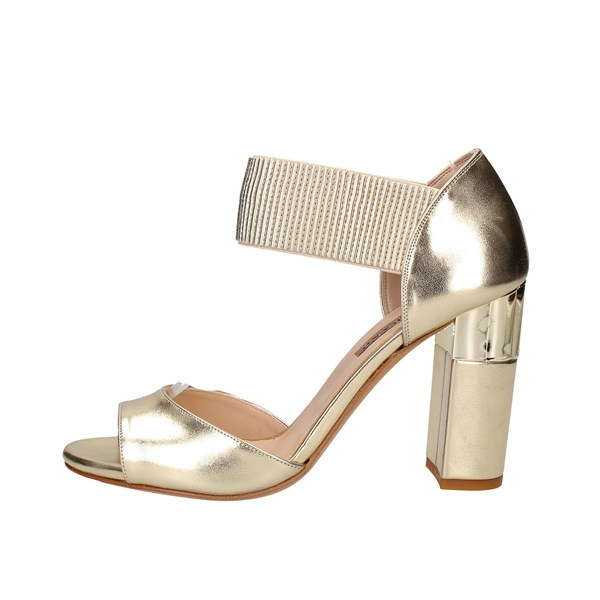 Albano With heel Platinum