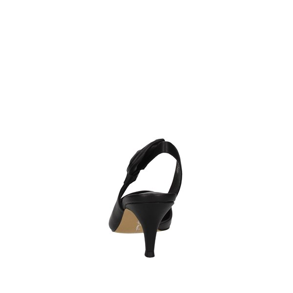 Oggi By Luciano Barachini Low shoes Chanel Woman Ee311l 2