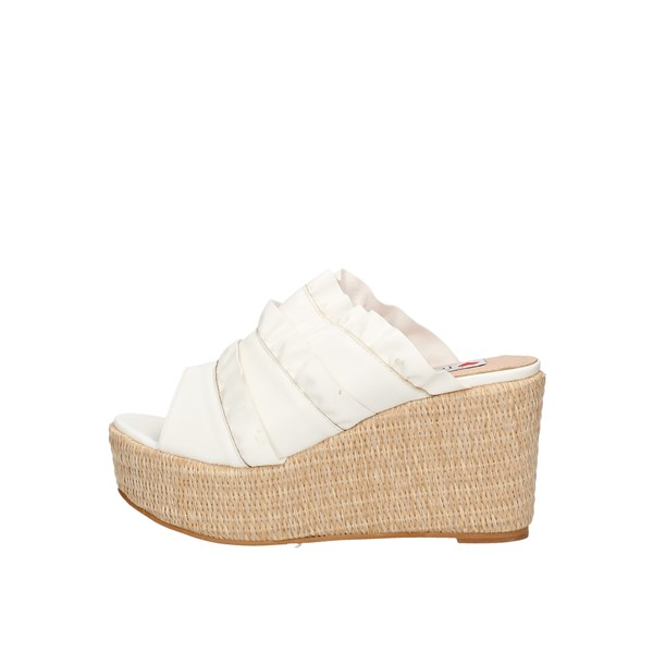 Love To Love  With wedge White
