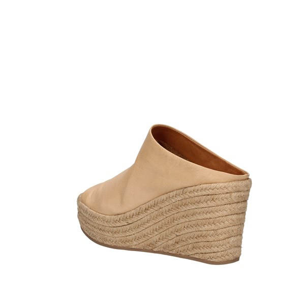 Inuovo  With wedge Bronze
