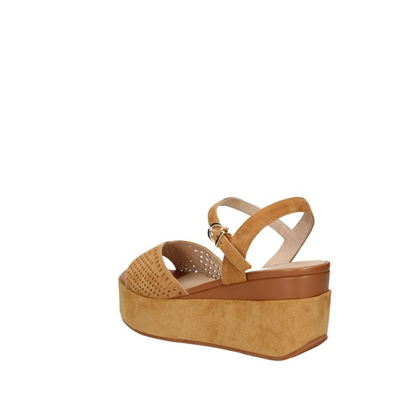 Oggi By Luciano Barachini  With wedge Leather