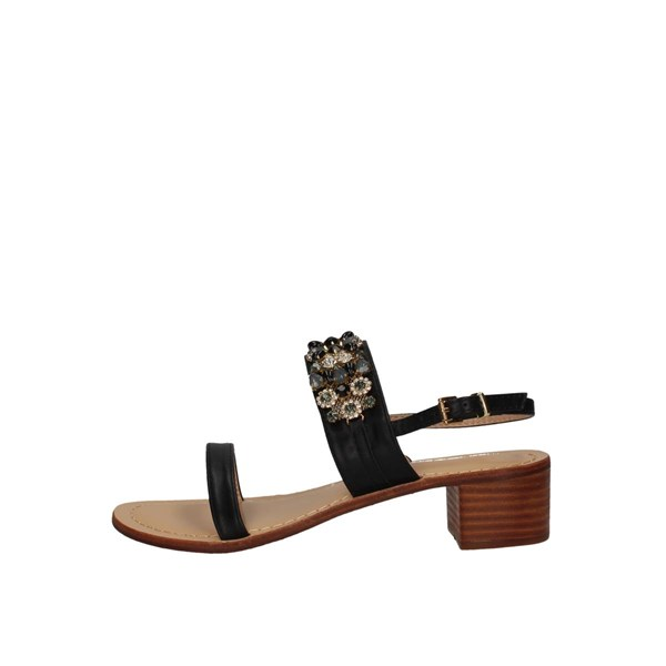 Saralopez With heel Black