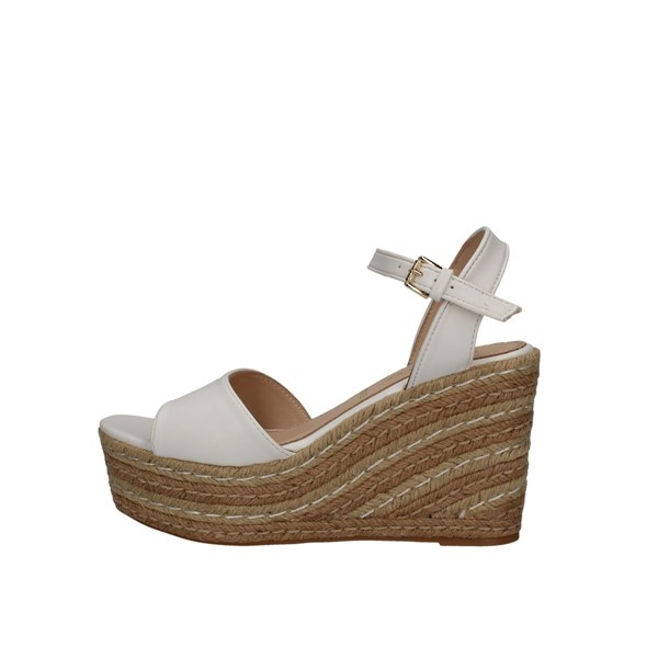 Saralopez  With wedge White